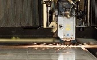 Laserbearbeitung mit Schneiden, Stanzen und Schweißen